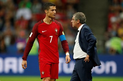 Fernando Santos defende dispensa de Ronaldo