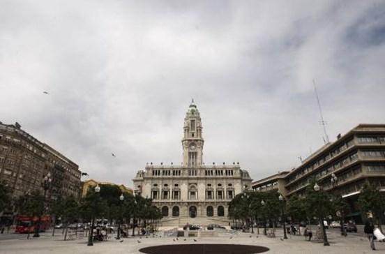 Câmara do Porto compra Teatro Sá da Bandeira