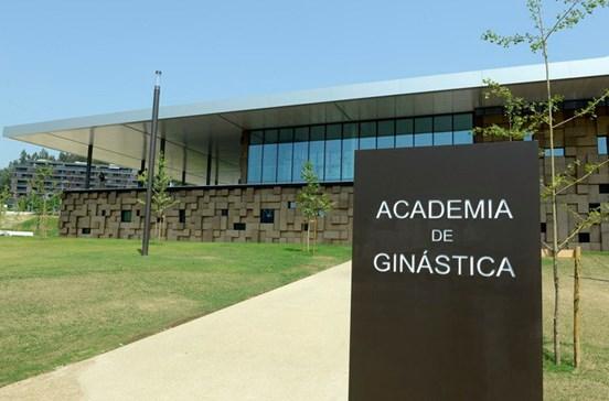 Academia de ginástica em edifício ecológico