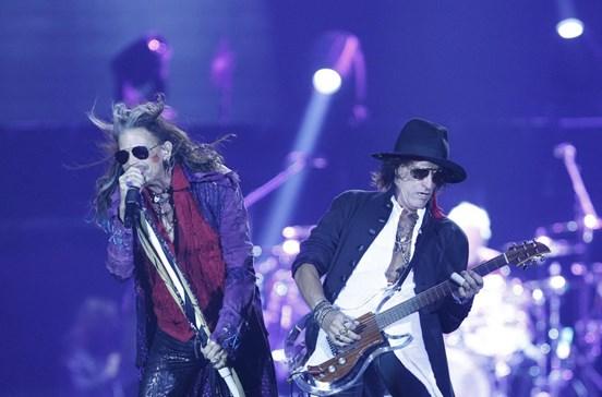 Fãs em êxtase com adeus dos Aerosmith