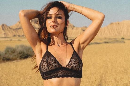 Helena Coelho arrasa em videoclipe