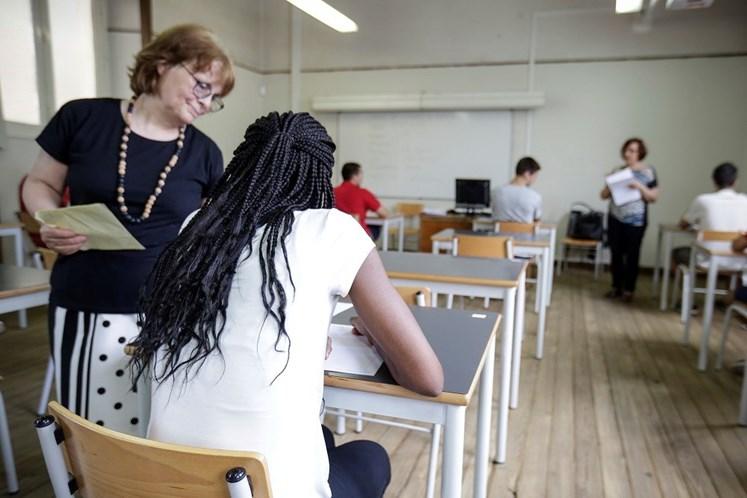 Exames nacionais: Médias sobem a Português e Matemática