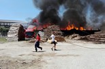 Incêndio consome três fábricas em Santa Maria da Feira
