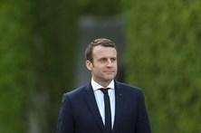 Macron volta a criticar diretiva europeia de destacamento de trabalhadores