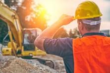 Há falta de mão-de-obra na construção civil