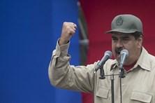 Maduro acusa EUA de usarem novas sanções para derrotar a democracia na Venezuela
