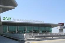 Casaco suspeito no aeroporto Sá Carneiro