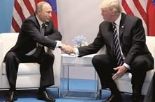 """Kremlin nega encontro """"secreto"""" entre Trump e Putin"""