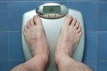 Choques elétricos para combater obesidade