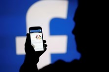 Notícias no Facebook vão passar a ser pagas