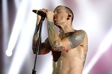 Recorde Chester Bennington, vocalista dos Linkin Park