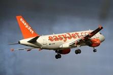Passageiro alcoolizado desvia avião para Lisboa