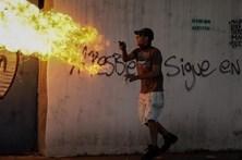 Oposição paralisa Venezuela durante 48 horas
