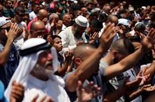 Palestiniano mata 3 israelitas em final de dia de violência israelo-palestiniana