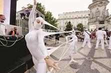 Lisboa festeja vestida de branco