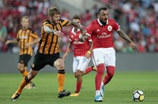 Benfica perde com Hull City em encontro particular