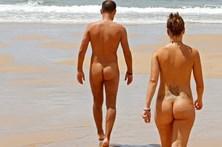Nudistas exigem praia no Norte