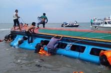 Pelo menos 17 mortos em dois acidentes marítimos na Indonésia