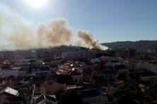 Incêndios fazem 27 feridos num dia