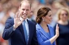 Príncipe William faz o seu último turno como piloto de ambulância aérea