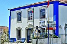Município de Oeiras compra sede de clube