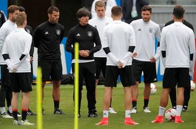 Alemanha ao ataque contra chilenos