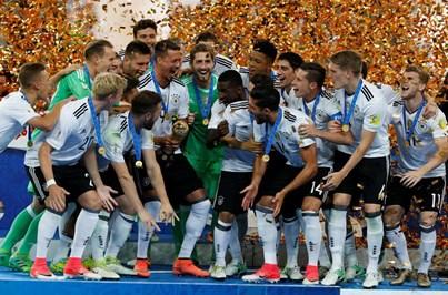 Uma Taça com brinde e muito rigor para a Alemanha