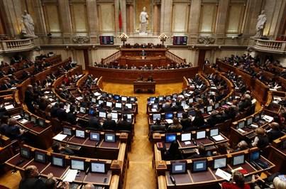 Orçamento de Estado entregue a 13 de outubro