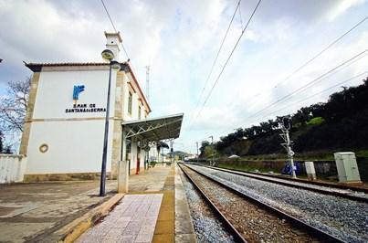 Parlamento quer reabrir estação de São Marcos