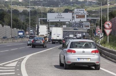 Acidente perto de Alfragide condiciona circulação no IC-19 e 2.ª Circular, sentido Lisboa-Sintra