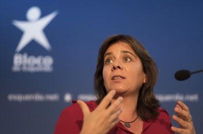 """Catarina Martins critica atitude """"muito lamentável"""" do PSD"""