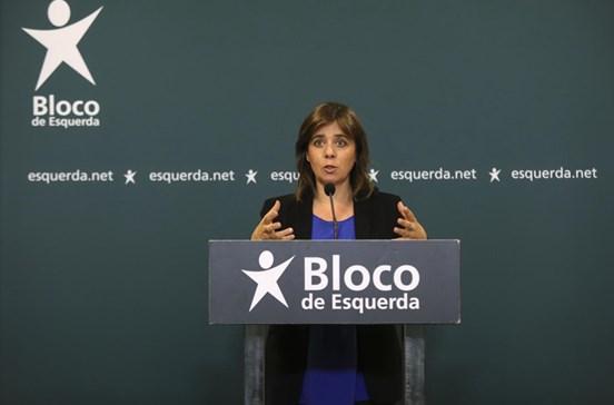 """Catarina Martins apela ao Governo para acabar com a """"selvajaria laboral da Altice"""""""