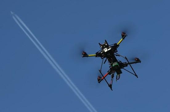 Registo e seguro de 'drones' vão passar a ser obrigatórios