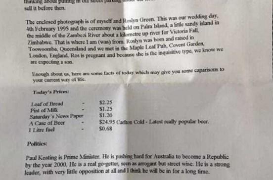 Carta escrita em 1995 com previsões para 2060 encontrada no interior de parede