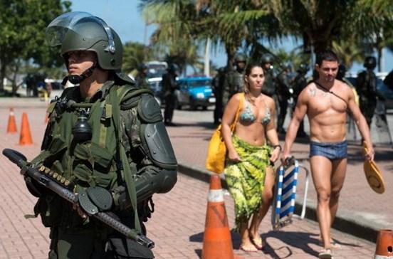 Forças Armadas voltam às ruas do Rio de Janeiro para garantir segurança
