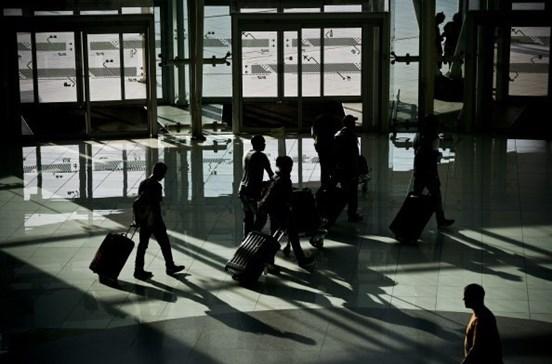 Atropelamento com carro de apoio encerra Aeroporto da Lisboa