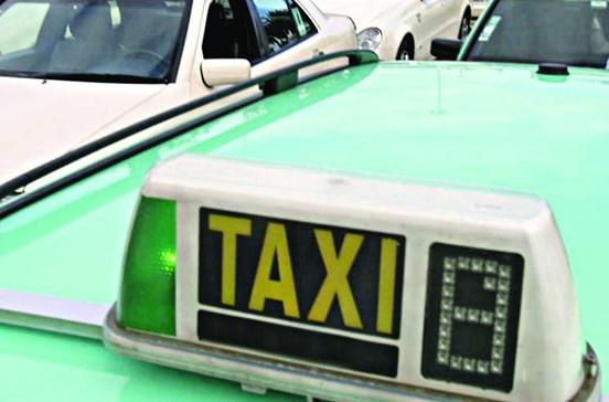 Taxista detido a cobrar mais 80 cêntimos