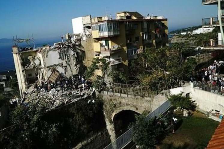 Prédio desaba e deixa famílias desaparecidas na Itália