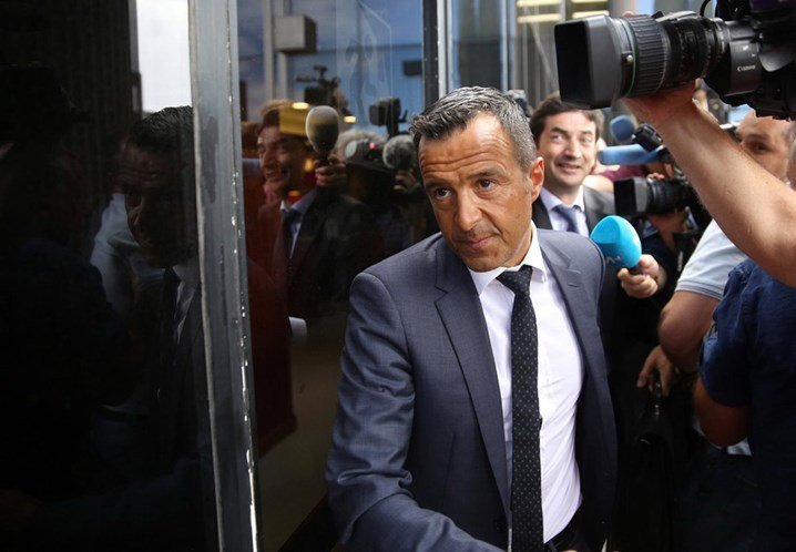 Negócios de Jorge Mendes e 13 clubes investigados em Portugal