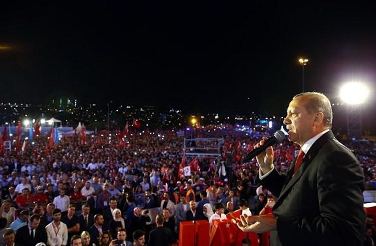 Erdogan diz que a Turquia devia