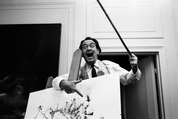 Bigode de Salvador Dalí continua intacto após 28 anos da sua morte
