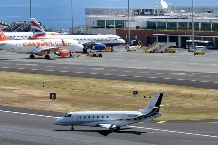 Resultado de imagem para Aeroporto da Madeira regressa à normalidade