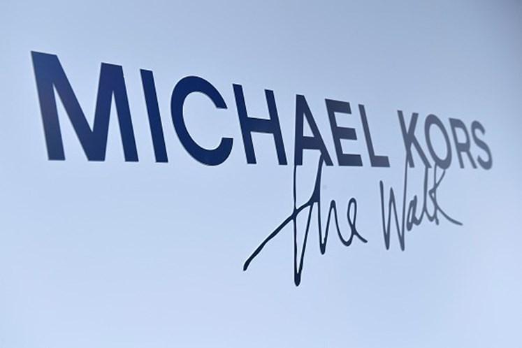 Michael Kors compra fabricante britânica de sapatos Jimmy Choo