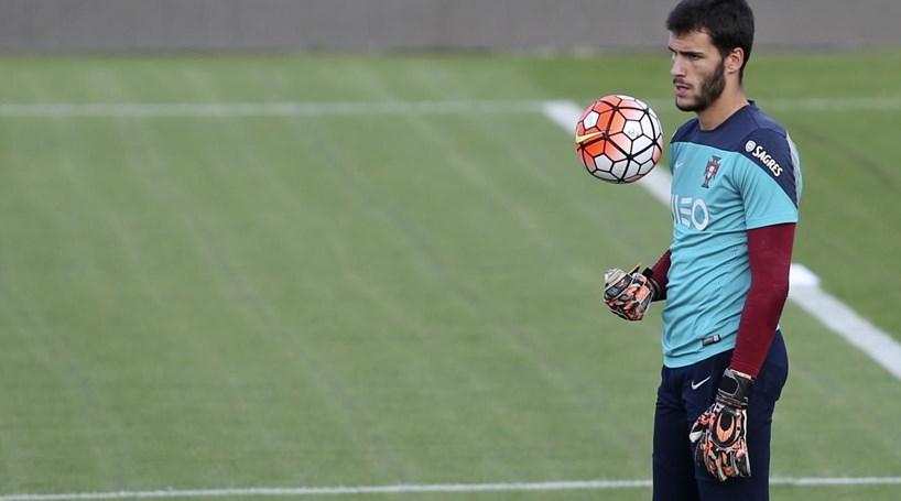 Sporting de Braga confirma contratação do guarda-redes André Moreira
