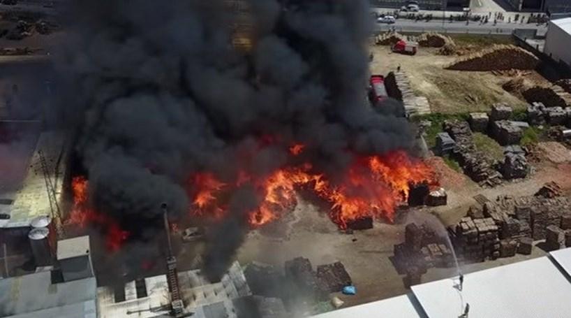 Vídeo mostra destruição causada por incêndio em Santa Maria da Feira