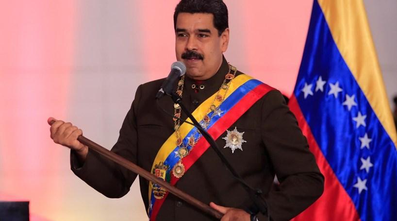 Nicolás Maduro enfrenta greve geral de 24 horas