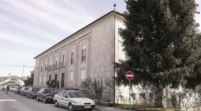 Burla de 485 mil euros com notas falsas