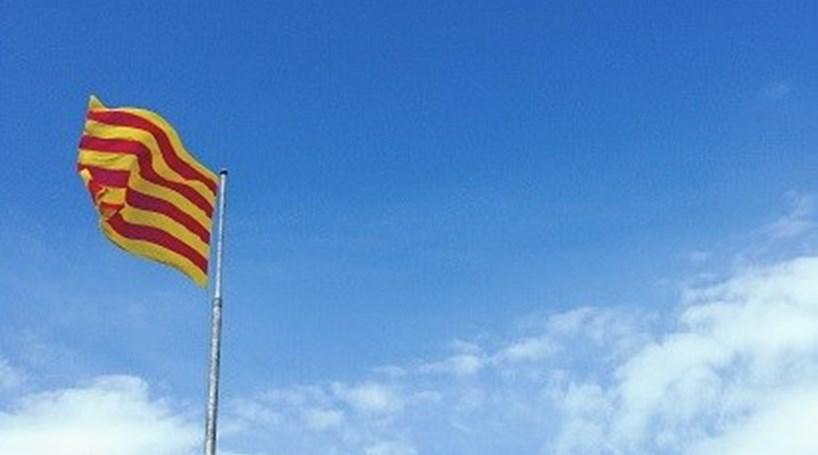 Chefe da polícia da Catalunha demite-se a 75 dias do referendo sobre independência