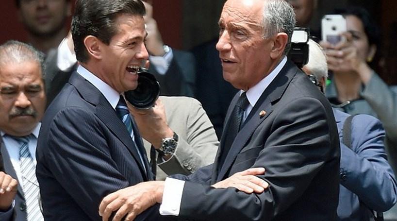 """Marcelo elogia """"a visão"""" de Peña Nieto e convida-o a visitar Portugal"""
