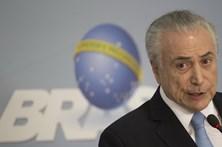 Temer confunde Paraguai com Portugal em discurso